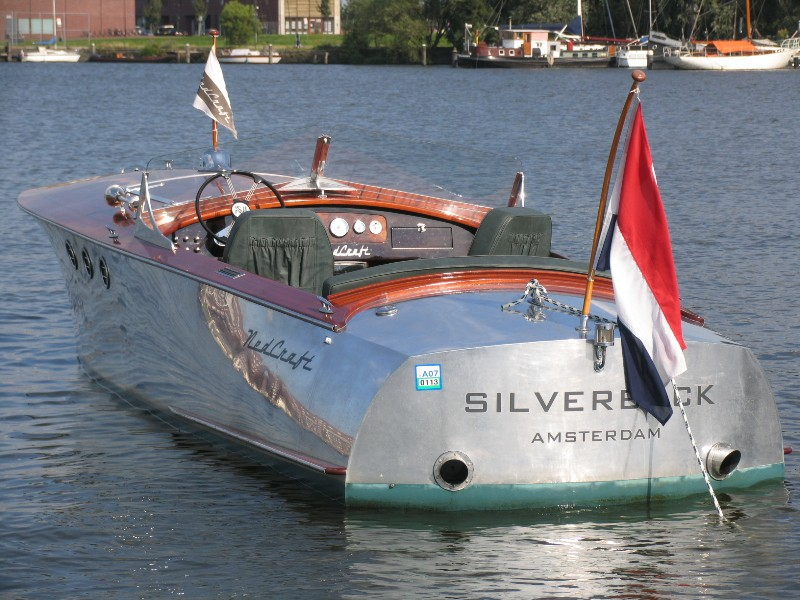 Vintage aluminum runabout boats bing images for Runabout boats with outboard motors